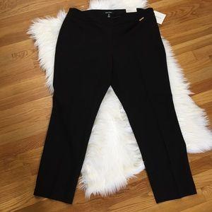 Ellen Tracy Black Slim Fit Ankle Trousers Pant